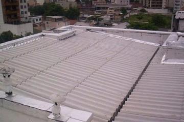 Como prevenir ou corrigir infiltrações em fachadas e telhados