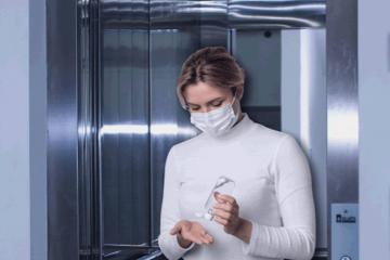 Mantida multa aplicada a moradora por não usar máscara em áreas comuns de condomínio