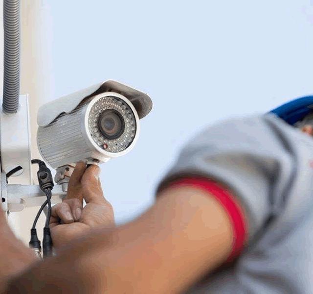 Câmeras de segurança precisam de manutenção